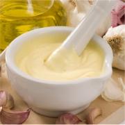 Salsa alioli, una salsa a base de aceite