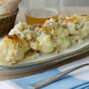 coliflor gratinada con bechamel y jamón