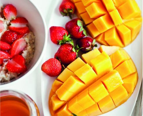 Cómo Cortar un Mango de Manera Fácil