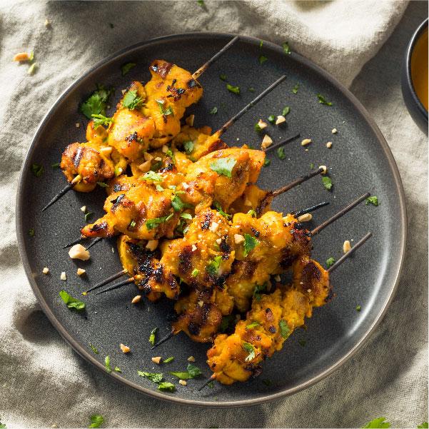 Pollo Satay con Salsa de Cacahuetes