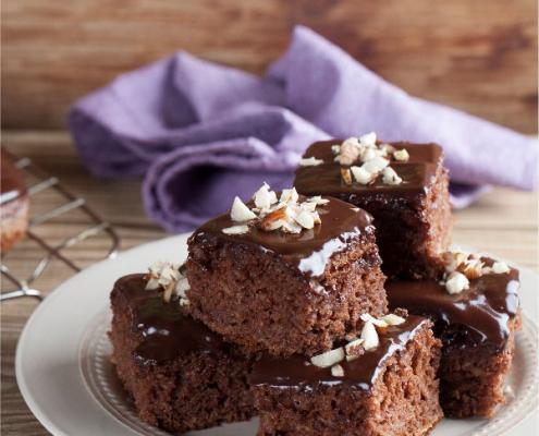 Cómo conseguir un glaseado brillante para coberturas de chocolate