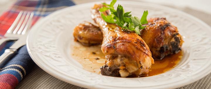 Pollo glaseado con miel y vinagre balsámico