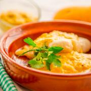 merluza con salsa de almendras