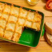 pastel de pisto con patatas y queso