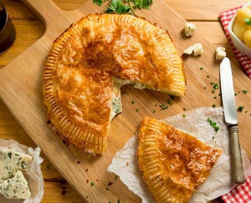 Hojaldre de queso azul y patata