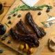 costillas de cerdo con salsa de arándanos