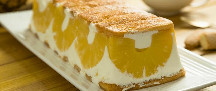 Tarta de piña y yogur