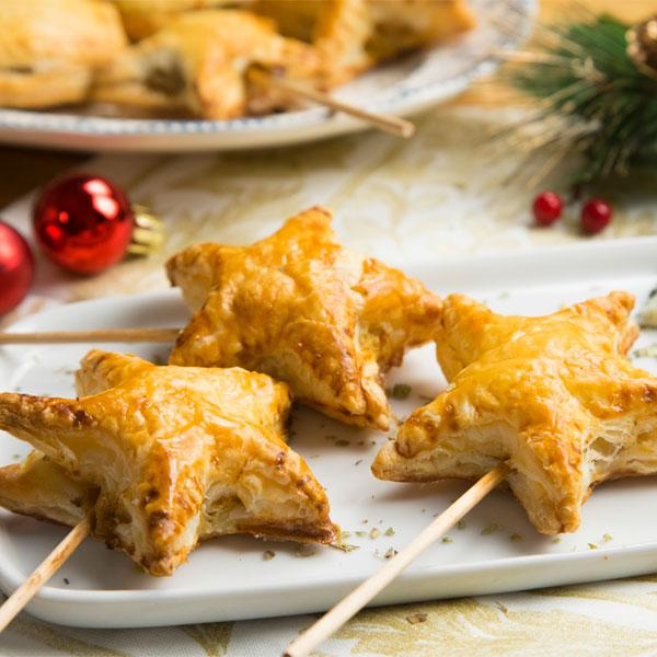 Piruletas de puerro, carne picada y queso azul