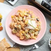Ensaladilla de pasta y jamón