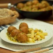 Albóndigas de pollo al curry